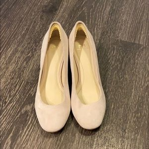 Marc Fisher pink heels, size 5, wore once